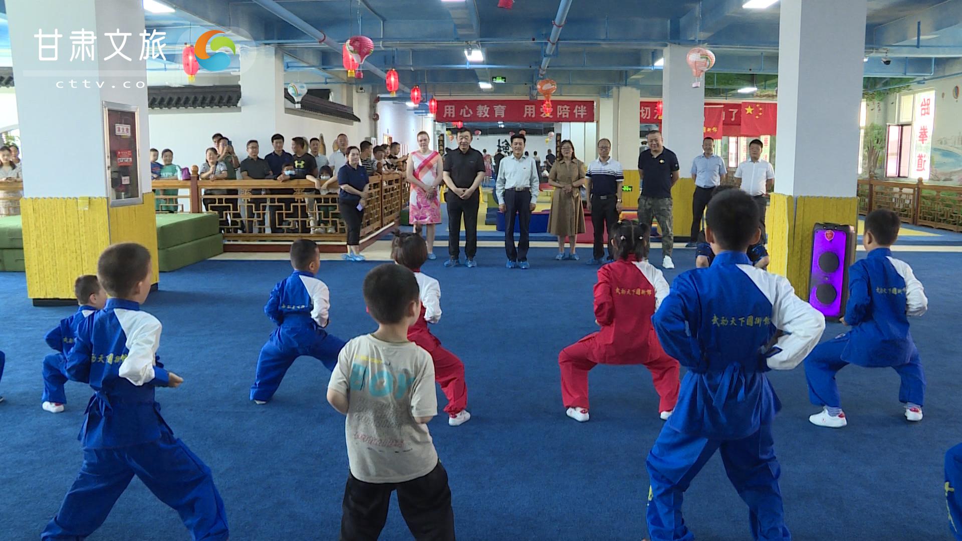 著名艺术家张保和走进兰州武术场馆 弘扬中华传统武术文化