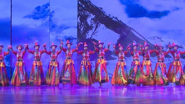民族舞《家园》荟萃舞蹈精髓,展现瑰丽民族艺术