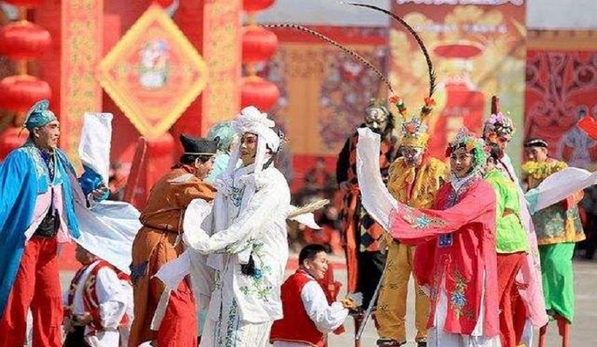 龍燈、高蹺、社火,這樣的西北春節!