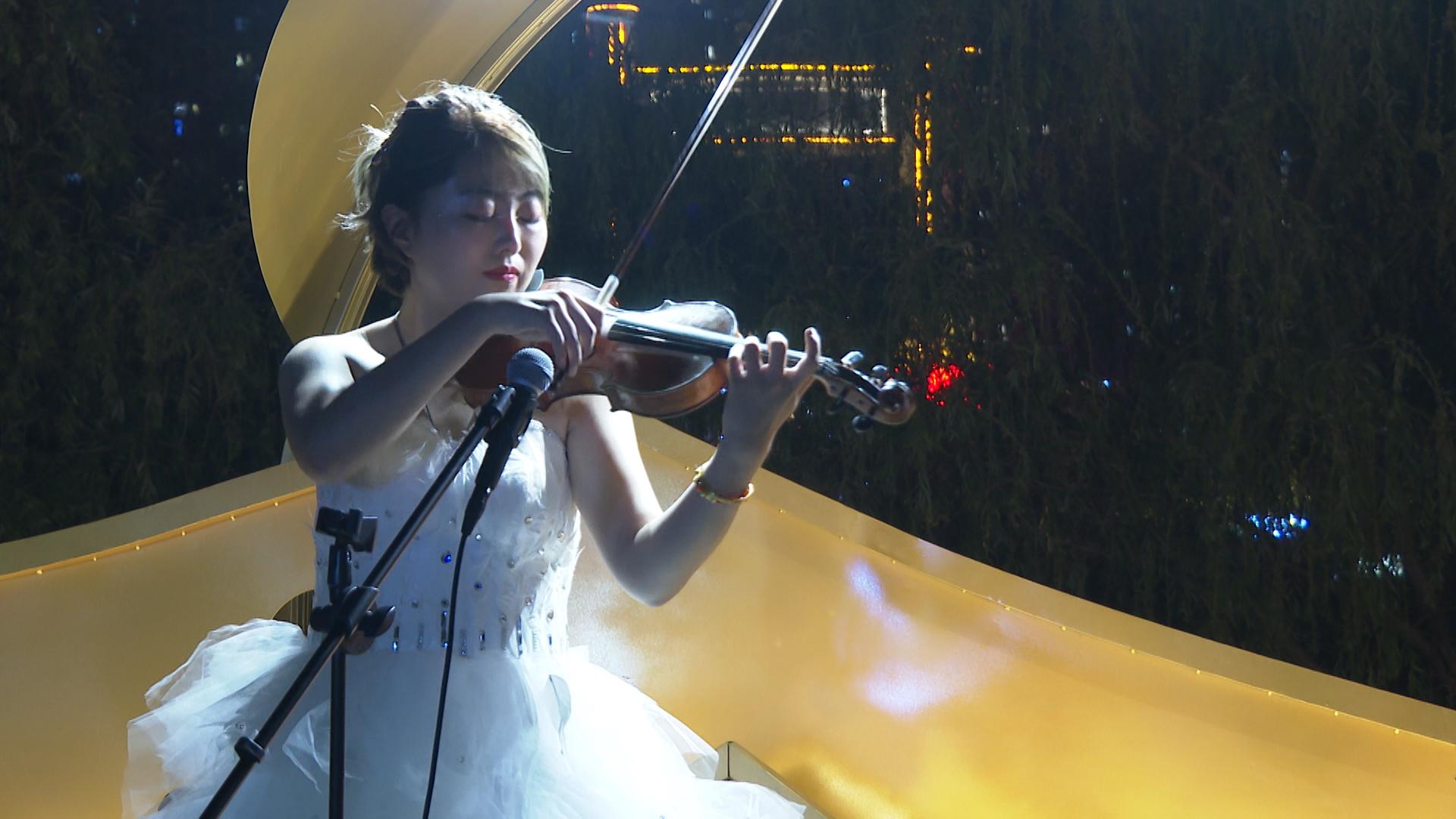 小提琴深情演奏《大鱼》