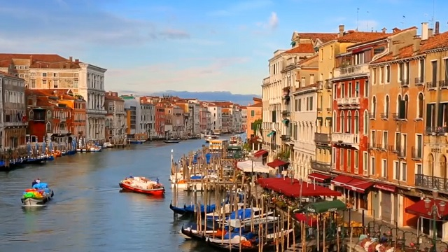 這個意大利水城,是你今生不可錯過的童話王國!