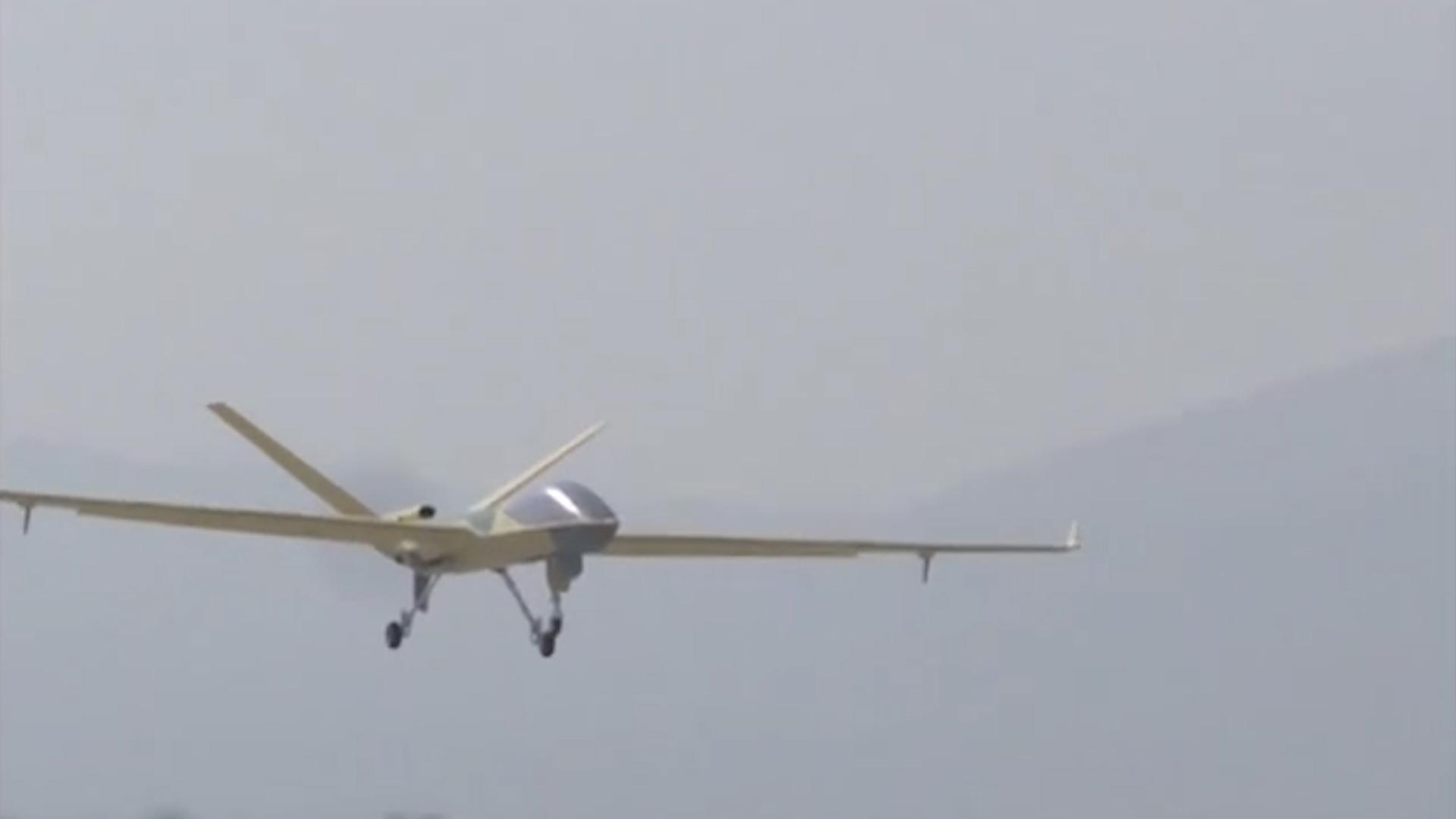 """中國無人機制造領域""""當家明星""""——翼龍無人機"""