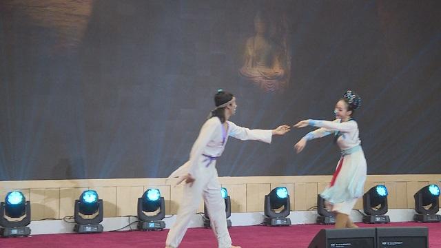 大梦敦煌舞剧独舞片段,优美舞姿,惊艳全场