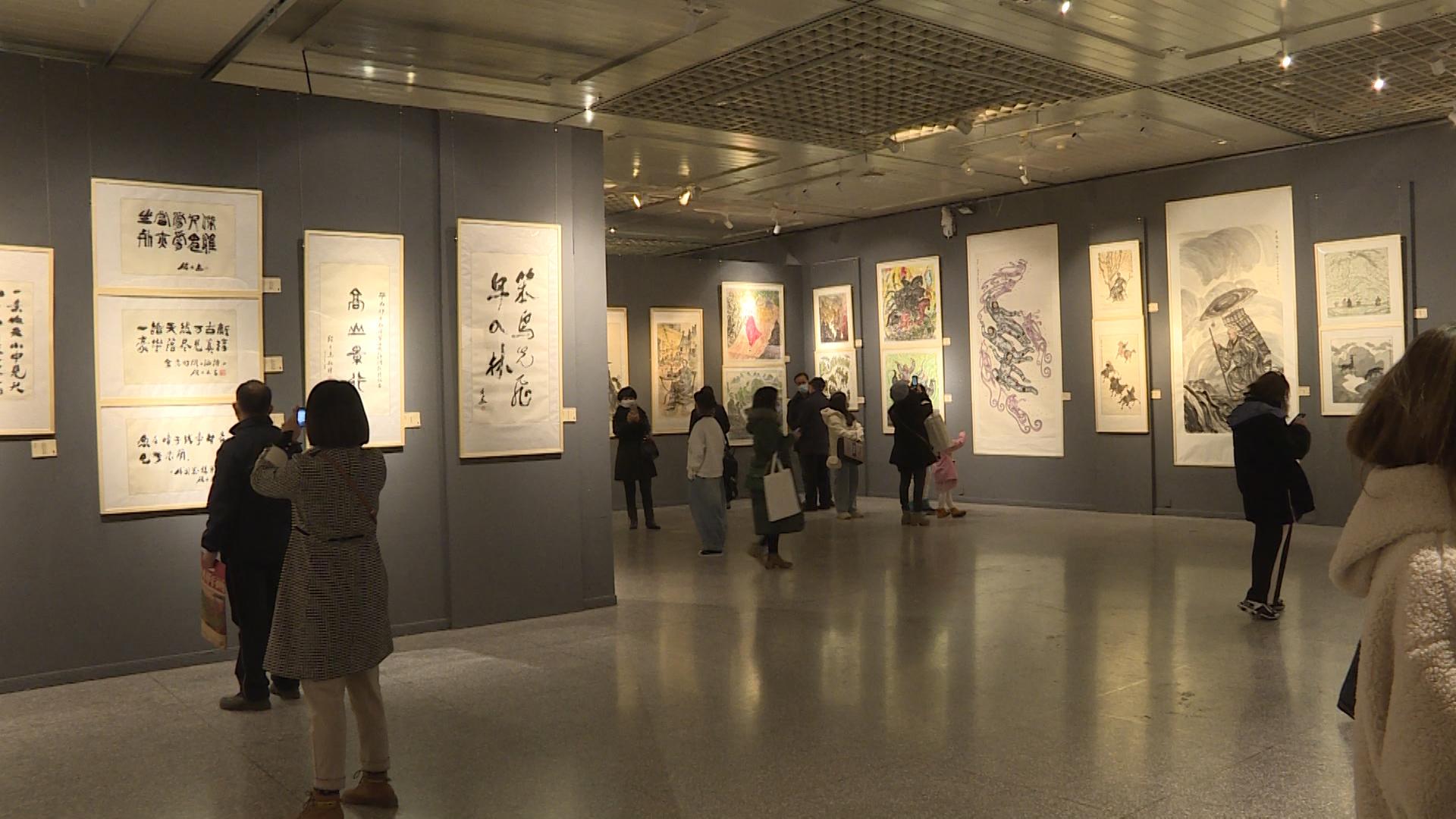 情系敦煌—段文杰、段兼善作品展在甘肃省博物馆开展