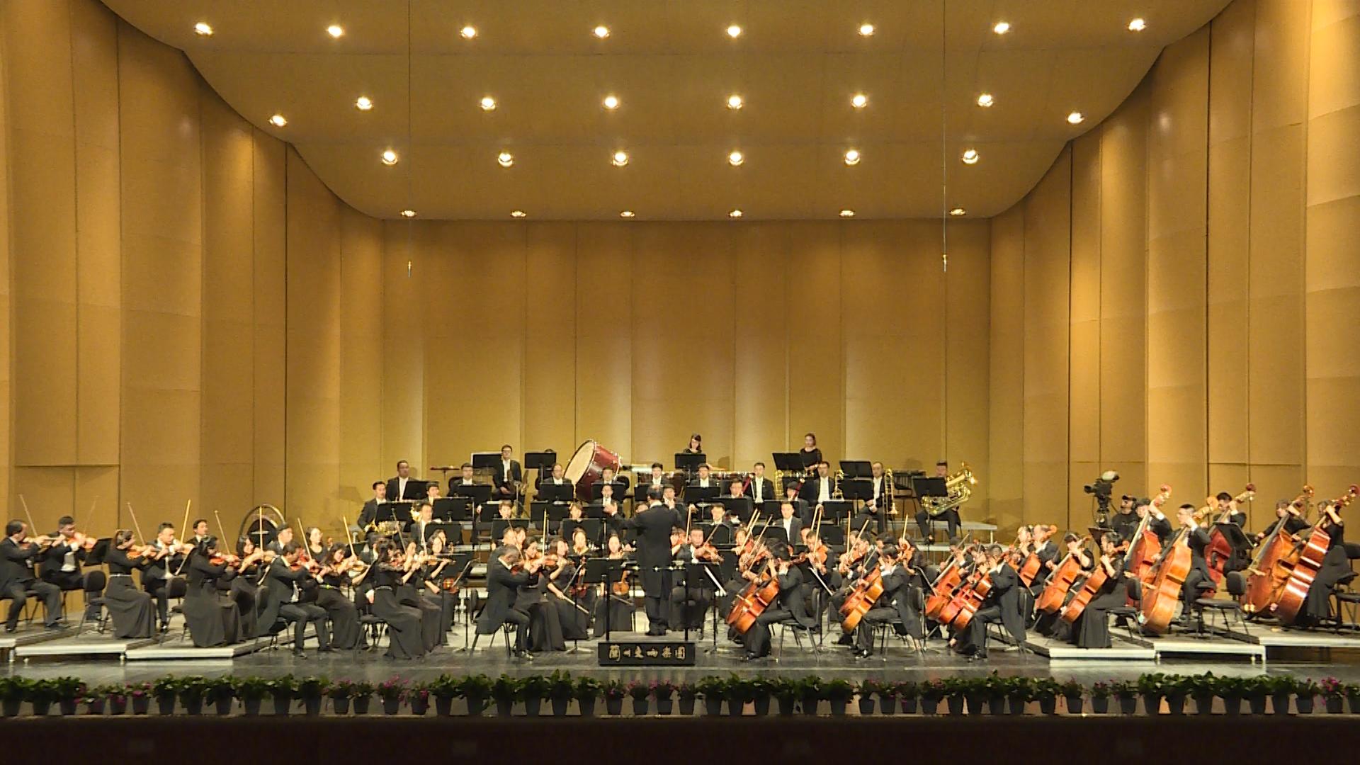 快来围观这场非同凡响的交响乐《斯拉夫进行曲》