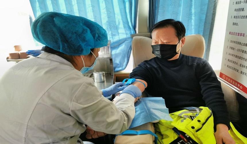 疫情防控 甘肃文旅特别报道丨兰州公安交警献血战疫情