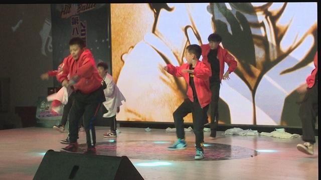 坐著輪椅也能跳街舞?蘭州國際街舞挑戰賽演繹別樣舞臺秀