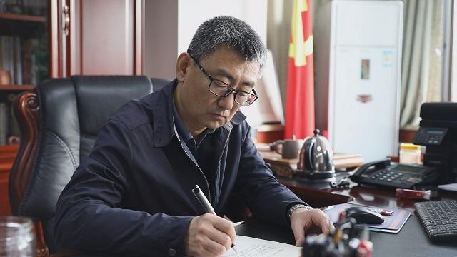 王登渤:作家要敢于否定自己