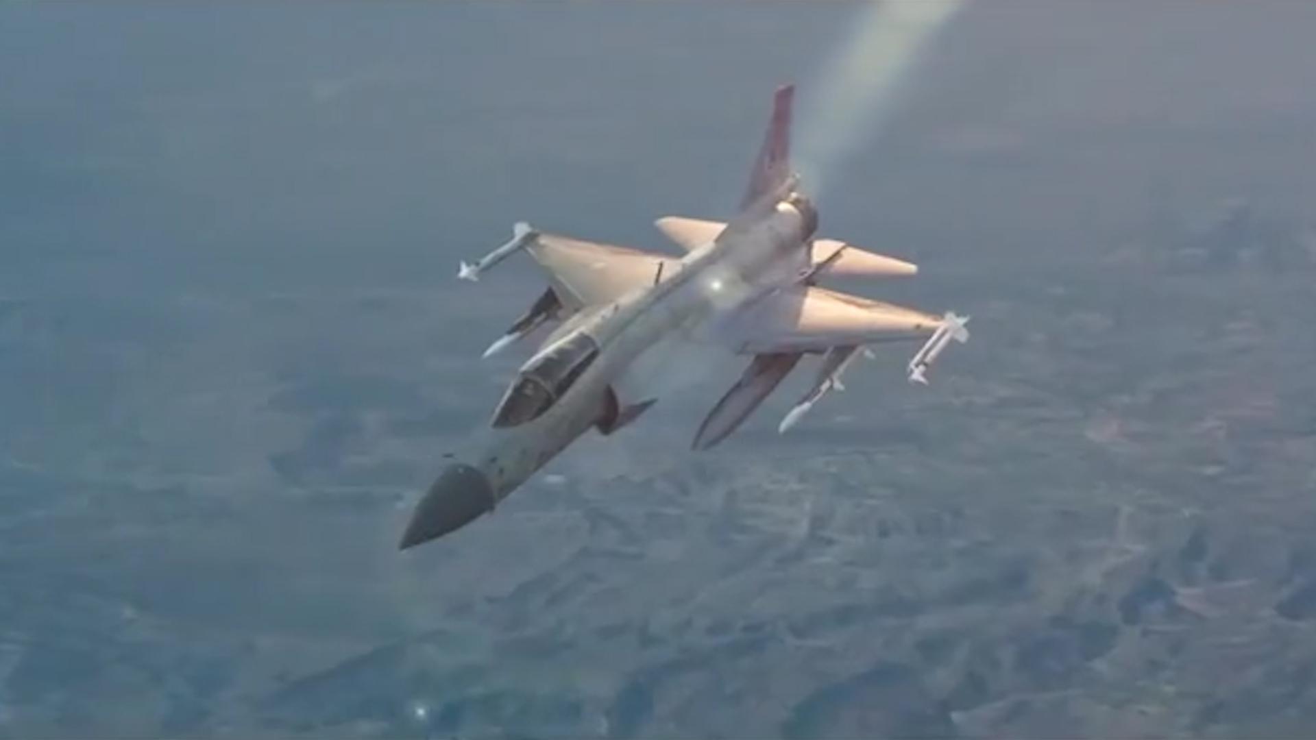 JF-17枭龙战斗机