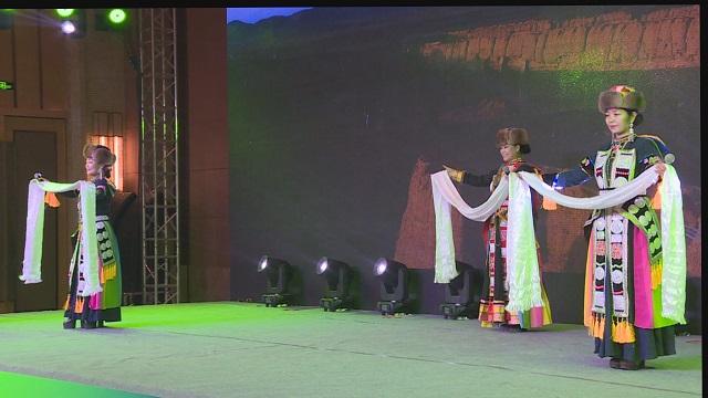 一曲《千年華銳》,歌聲優美,唱出藏族風情