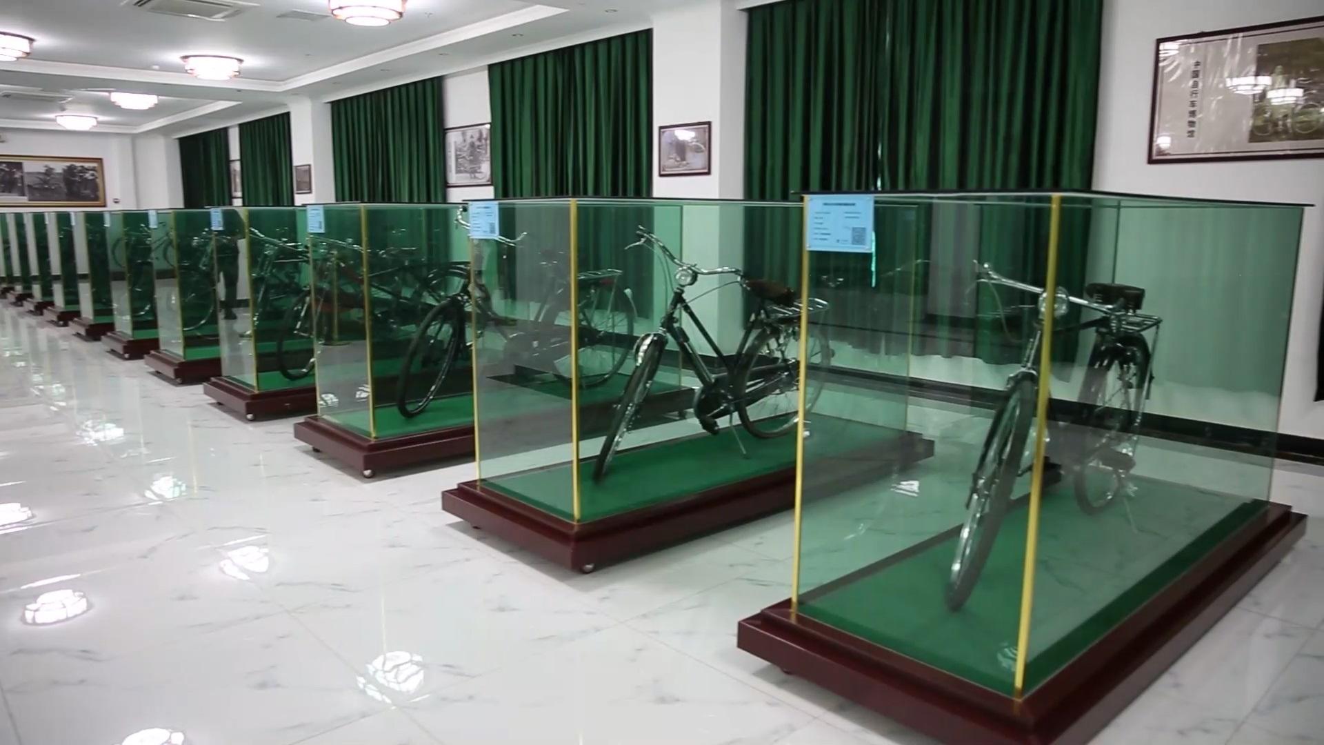 """柴林的""""自行车王国"""""""